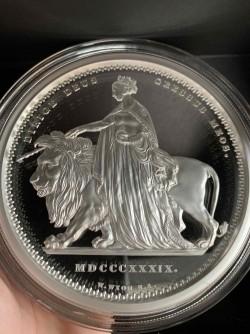 2019年 オルダニー ウナライオン 1キロプルーフ銀貨