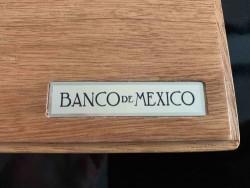 価格が上昇中! 2010年 メキシコ リベルタード プルーフ金貨5枚セット