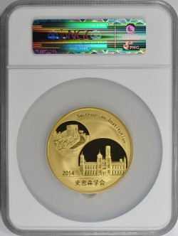 鋳造100枚のみ 2014年中国パンダ5オンスゴールドメダル スミソニアン協会コラボ NGC PF70 Ultra Cameo